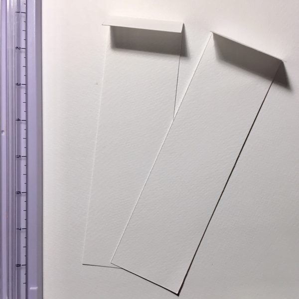 правоъгълници от бяла акварелна хартия