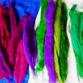 The Colour magic - how to dye wool at home